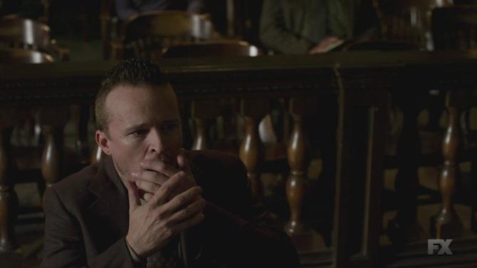 Justified Season 5 Episode 1 Dewey Trial Face